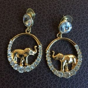 Jewelry - Gorgeous elephant earrings